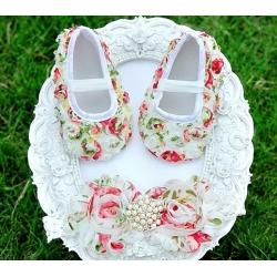 βρεφικά παπουτσάκια για κορίτσι Flowers με κορδέλα