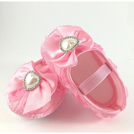 """Παπουτσακια """"Baby pink rosette and pearl"""""""