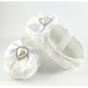 """Παπουτσάκια """"White rosette and pearl"""""""