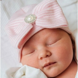 "σκουφακι ""Newborn'' Pink with rhinestone"