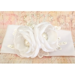 κορδελα μαλλιων '' White with white flowers''