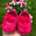 παπουτσάκια αγκαλιάς για κορίτσι Fuchsia rosette