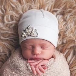 Σκουφάκι για νεογέννητο με κορώνα