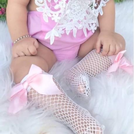 Βρεφικές κάλτσες δίχτυ με ροζ φιόγκους
