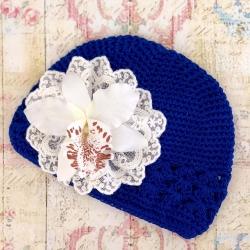 Σκουφάκι μπλε με λευκή ορχιδέα