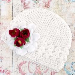 Σκουφάκι βάπτισης white with burgundy roses bouquet